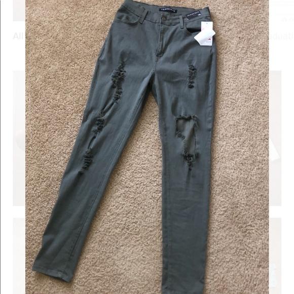 Fashion Nova Denim - Jeans